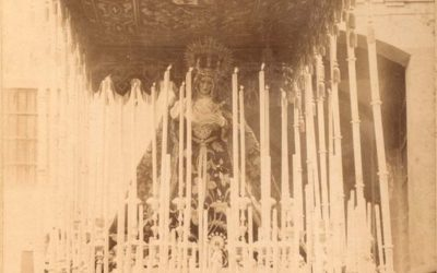 La fotografía más antigua del paso de palio (1902)